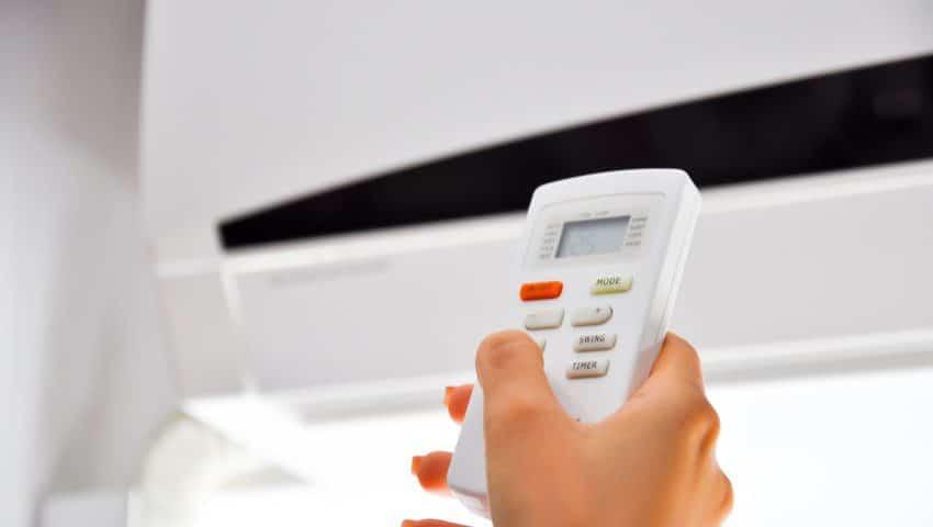 Cum utilizam telecomanda de aer conditionat?